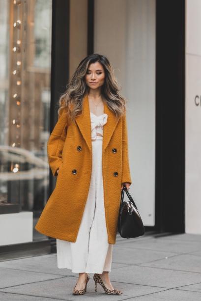 Fall-outfit-women-topshop-boucle-coat-givenchy-small-antigona-bag-leopard-calf-hair-pumps-miss-louie-14