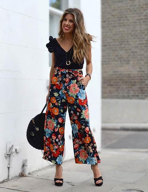 7.-Floral-Culotte-Pants-With-A-Plain-Black-Top.jpg